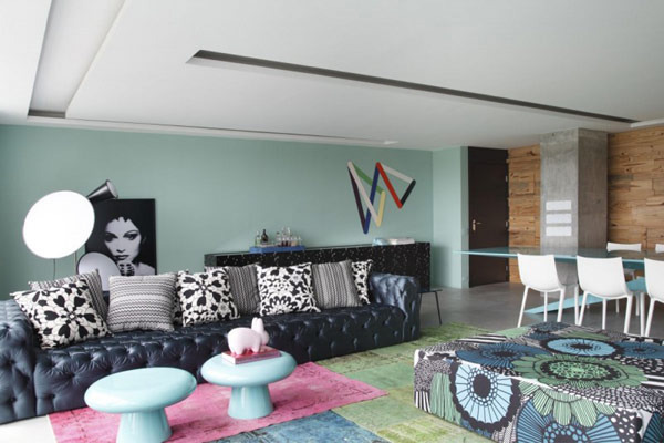 Minty_and_blue_used_to_define_a_colorful_apartment_in_brazil