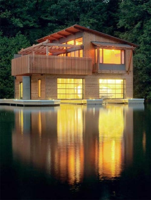 Modern-wooden-boathouse