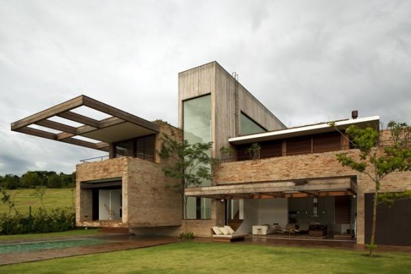 Quinta-da-baroness-house-1-600x400